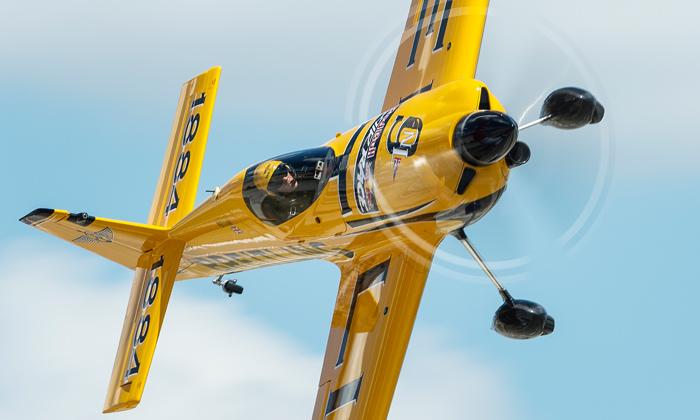Nigel Lamb flies with Trig