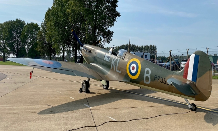 Battle of Britain Veteran – now flying with Trig